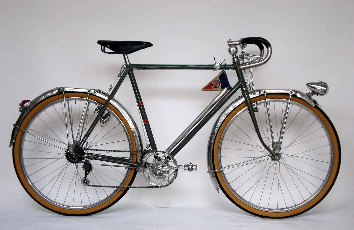 Restored/ French Bicycle before War/ I's BICYCLE/ 2008.10.16